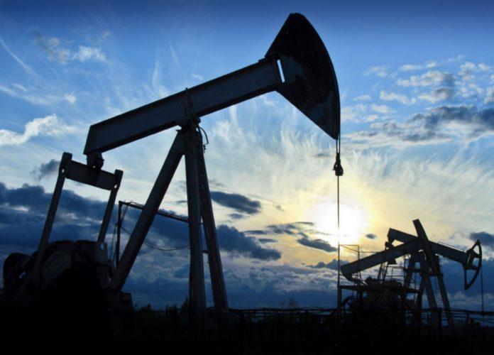 Znalezione obrazy dla zapytania ropa naftowa